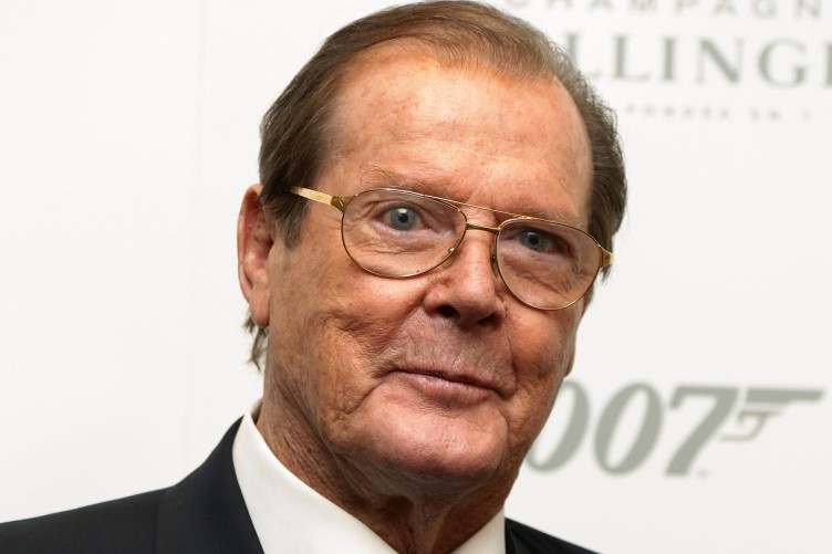 ator-roger-moore